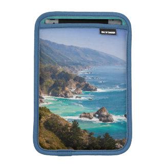 米国、カリフォルニア。 カリフォルニア海岸、大きいSur iPad Miniスリーブ