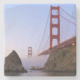 米国、カリフォルニア、サンフランシスコ。 ゴールデンゲート3 ストーンコースター