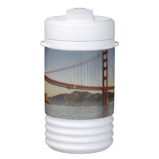 米国、カリフォルニア、サンフランシスコ。  景色の眺め ドリンククーラー