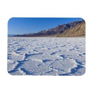 米国、カリフォルニア、デスヴァレーNPの塩の形成の マグネット