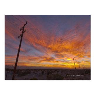 米国、カリフォルニア、パーム・スプリングスの電力線の ポストカード