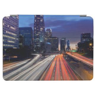 米国、カリフォルニア、ロサンゼルスの110高速道路 iPad AIR カバー