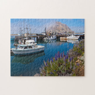 米国、カリフォルニア。 Morro湾のつながれたボート ジグソーパズル