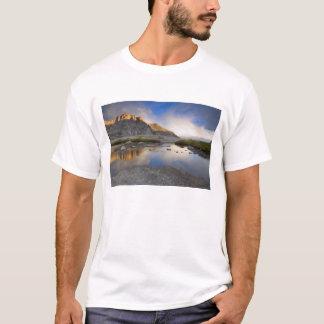 米国、コロラド州のロッキー山脈NP. Tシャツ