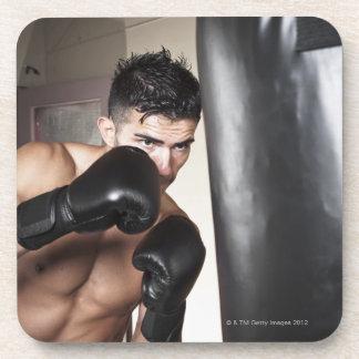 米国、シアトルの若者のボクシングのポートレート コースター