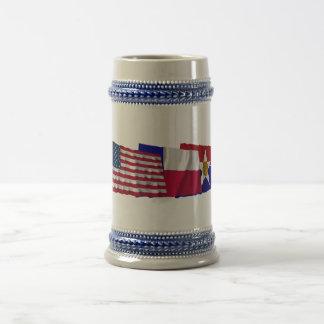 米国、テキサス州およびダラスの旗 ビールジョッキ