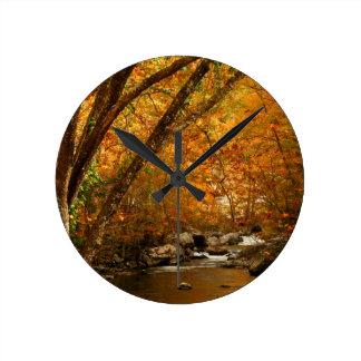 米国、テネシー州。 急ぐ山の入り江3 ラウンド壁時計