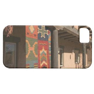 米国、ニューメキシコ、Taos: ナバホー人の敷物のギャラリーのキット iPhone SE/5/5s ケース