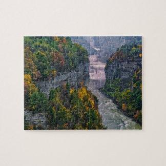 米国、ニューヨークのLetchworthの州立公園。 川 ジグソーパズル