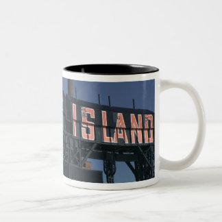 米国、ニューヨーク、ニューヨークシティ、女王: 長く ツートーンマグカップ