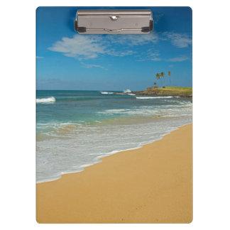 米国、ハワイのモロカイ島の島、3マイルのビーチ クリップボード