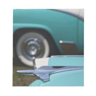 米国、マサチューセッツ、グロスター。 50年代時代フォード ノートパッド