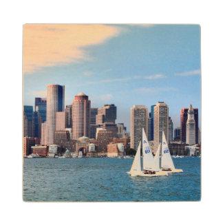 米国、マサチューセッツ。 ボストン水辺地帯のスカイライン3 ウッドコースター
