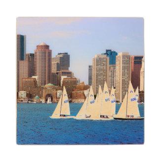 米国、マサチューセッツ。 ボストン水辺地帯のスカイライン4 ウッドコースター