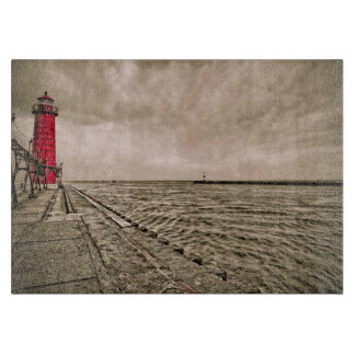 米国、ミシガン州の壮大な避難所の灯台 カッティングボード