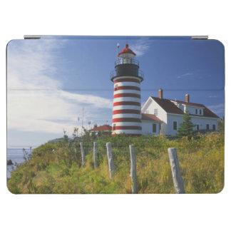 米国、メイン、Lubec。 Quoddyの西のヘッド灯台 iPad Air カバー
