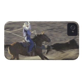 米国、モンタナは、大きい材木のカウボーイ馬に乗ります Case-Mate iPhone 4 ケース