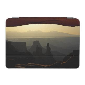 米国、ユタのCanyonlandsの国立公園3 iPad Miniカバー