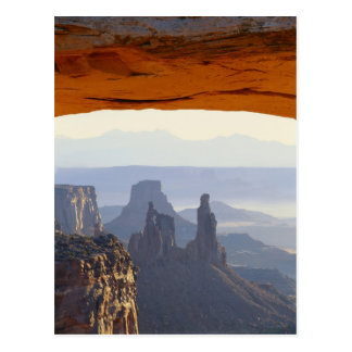 米国、ユタのCanyonlandsの国立公園、眺めの ポストカード