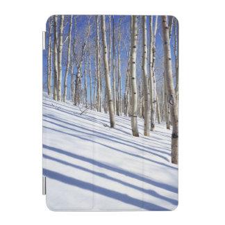 米国、ユタのDixieの国有林、《植物》アスペン果樹園 iPad Miniカバー