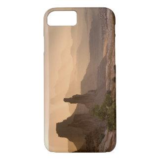 米国; ユタ; Canyonlandsの国立公園。 眺めの iPhone 8/7ケース