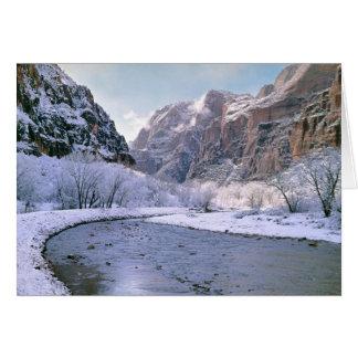 米国、ユタ、Zion NP。 新しい雪カバー渓谷 カード