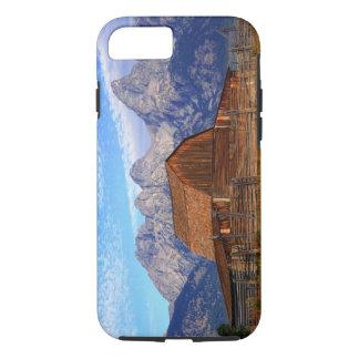米国、ワイオミングのTetonの壮大な国立公園 iPhone 8/7ケース