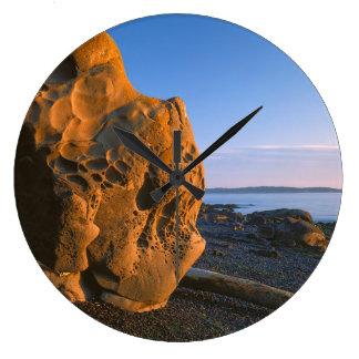 米国、ワシントン州のシャチの島、大きい石 ラージ壁時計