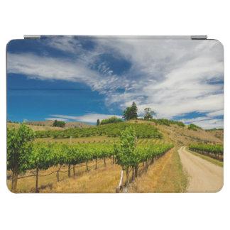 米国、ワシントン州の湖Chelan。 ブドウ園3 iPad Air カバー