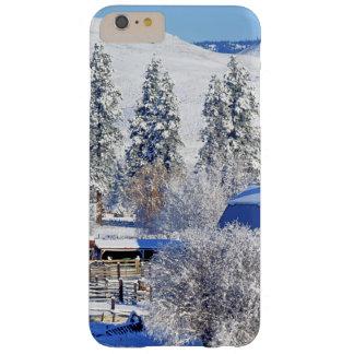 米国、ワシントン州のMethowの谷、納屋 Barely There iPhone 6 Plus ケース