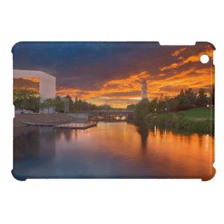 米国、ワシントン州、スポケーンの河岸地域公園 iPad MINI カバー