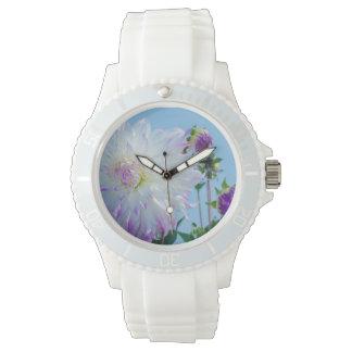 米国、ワシントン州。 ダリアの花の詳細 腕時計