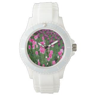 米国、ワシントン州。 咲くチューリップ 腕時計