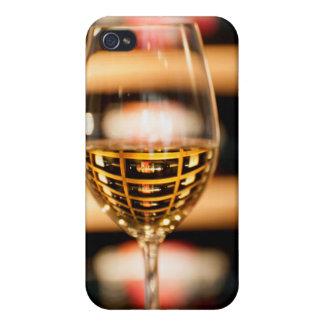 米国、ワシントン州、Walla Walla。 ワイングラス iPhone 4/4S Case