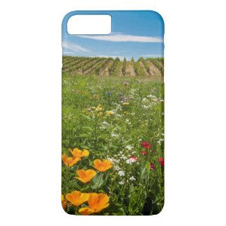 米国、ワシントン州、Walla Walla。 野生の花 iPhone 8 Plus/7 Plusケース