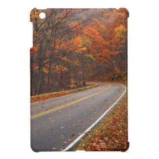 米国、ヴァージニアのShenandoahの国立公園、スカイライン iPad Miniケース