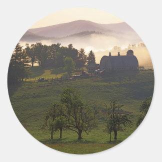 米国、ヴァージニア、Giles郡の農場 ラウンドシール