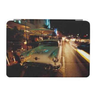 米国、FL、マイアミの夜の南ビーチ。 2 iPad MINIカバー