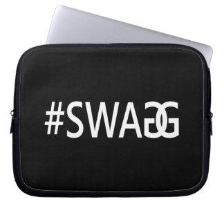 、粋でおもしろいな、#SWAG/SWAGGクールなインターネットの引用文 ラップトップスリーブ
