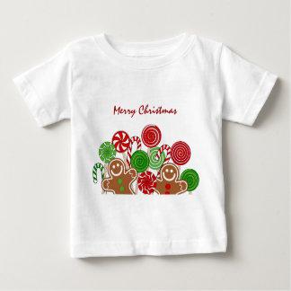 粋で赤いクリスマスのジンジャーブレッド ベビーTシャツ