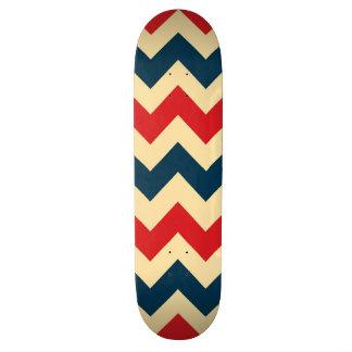 粋なシェブロンのジグザグパターン スケートボード