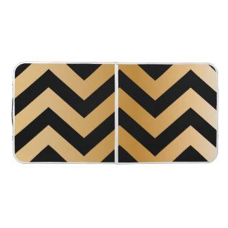 粋なシェブロンの金ゴールドの黒パターンデザイン ビアポンテーブル