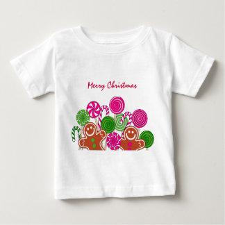粋なピンクのクリスマスのジンジャーブレッド ベビーTシャツ