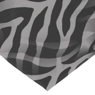 粋な中立灰色のシマウマのストライプのプリント ロングテーブルランナー