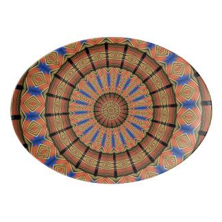 粋な層の円パターン 磁器大皿