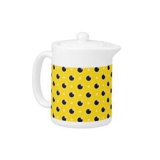 粋な水玉模様のティーポット-黄色