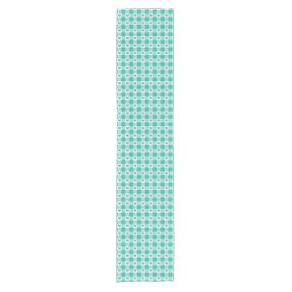 粋な緑および白いギンガムの点検パターン ショートテーブルランナー