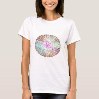 精神力: 太陽エネルギーの芸術的なデザイン Tシャツ