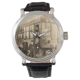 紀元前のヴィンテージの列車 腕時計