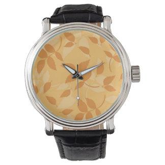 紅葉が付いているパターン 腕時計